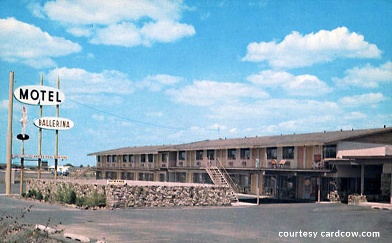 Photo of an old Ballerina Motel Postcard, courtesy CardCow.com